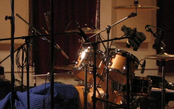 Recording drum samples Microphone placing setup